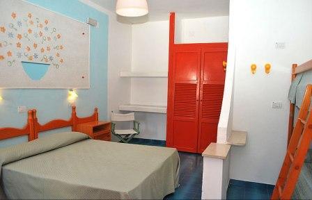 363_hotel-villaggio-plaia_interno_hotel_quadrupla.jpg