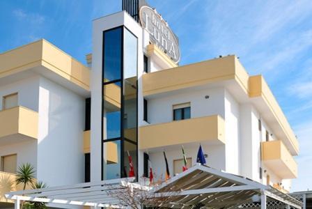 364_hotel-luna-lido_esterno2.jpg