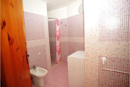 366_appartamenti-colle-azzurro_bagno.jpg