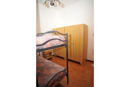 366_appartamenti-colle-azzurro_cameretta-trilo.jpg