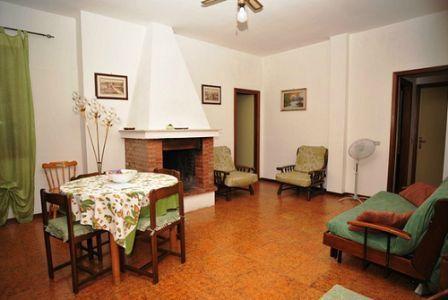 366_appartamenti-colle-azzurro_soggiorno-trilo5.jpg.jpg