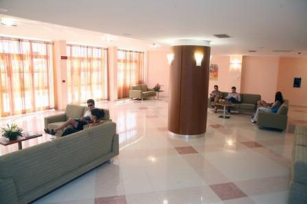 371_hotel-forte-gargano_2-hall.jpg