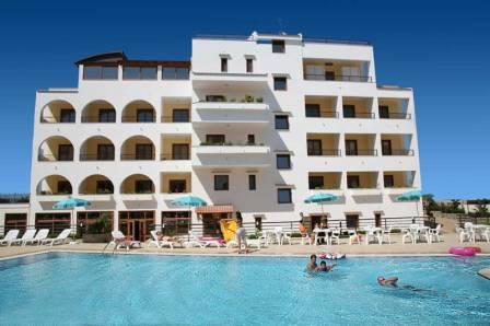 371_hotel-forte-gargano_4-piscina.jpg