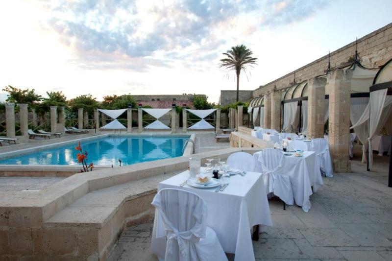 372_le-cale-d-otranto-beach-resort_ristorante-il-ranch.jpg