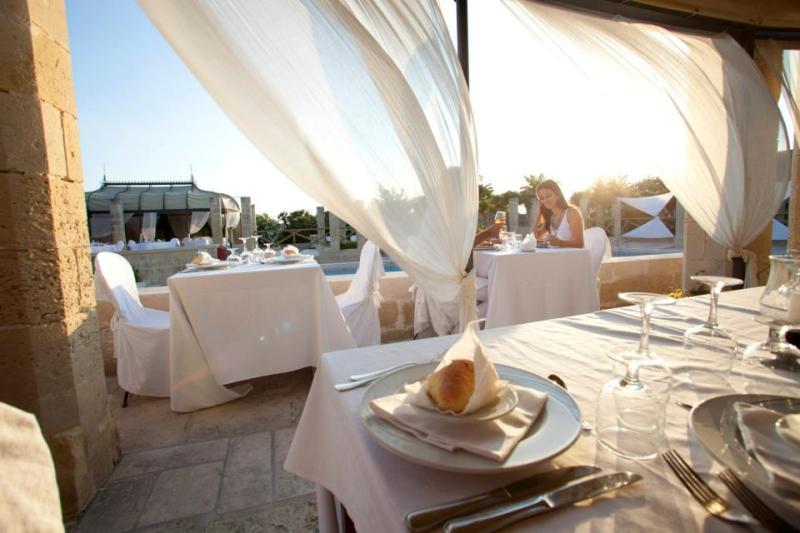 372_le-cale-d-otranto-beach-resort_ristorante-il-ranch2.jpg