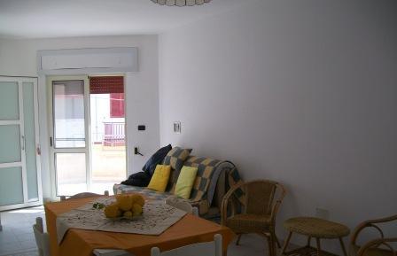 377_trilocale-de-sangro_soggiorno-trilo-primo-piano2.jpg
