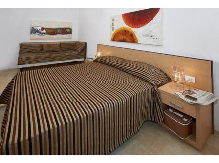 386_residence-iria_letto2.jpg