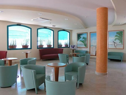 41_costa-del-salento-village-hotel_costa_del_salento_hall.jpg