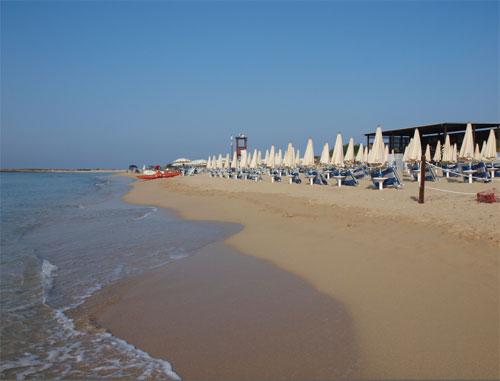 41_costa-del-salento-village-hotel_costa_del_salento_spiaggia2.jpg
