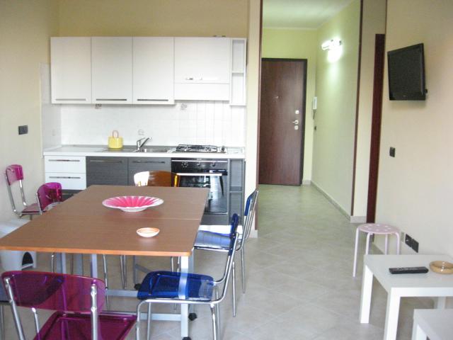 420_appartamento-rosmini-gallipoli-trilocale_soggiorno.jpg