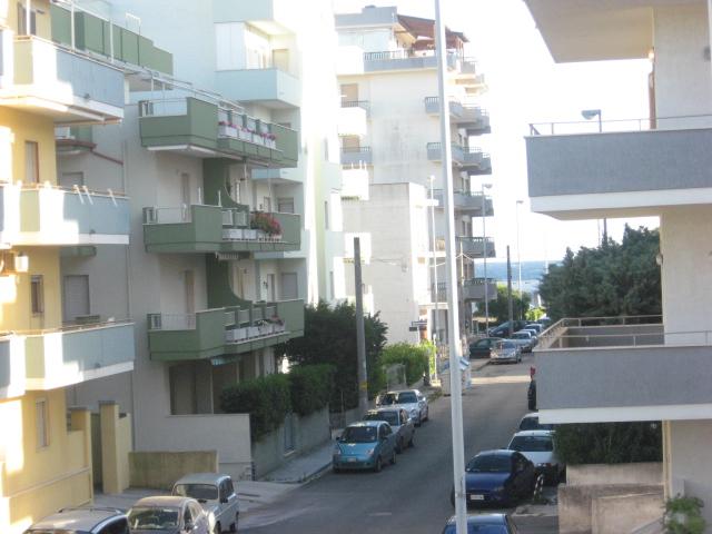 420_appartamento-rosmini-gallipoli-trilocale_via.jpg