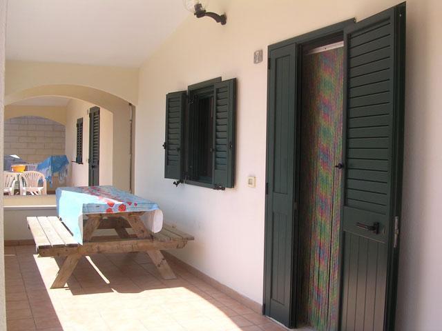 421_residence-a-frassanito-la-pineta-otranto_veranda2.jpg