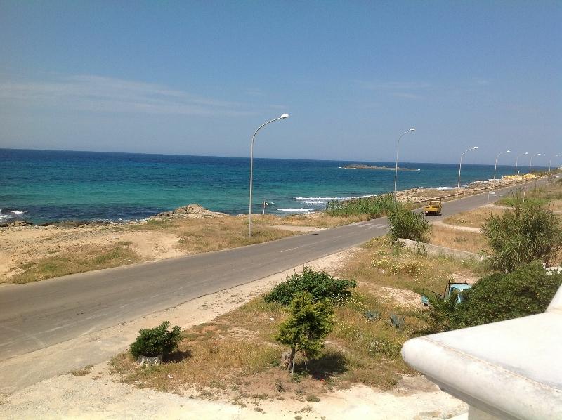 422_villetta-annibale-038-torre-san-giovanni_vista-litorale.jpg