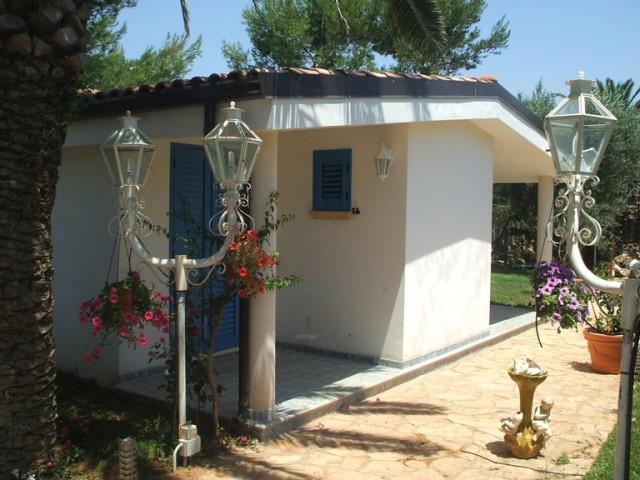 425_monolocali-fronte-mare-a-marina-di-alliste-034_vista-appartamento.jpg