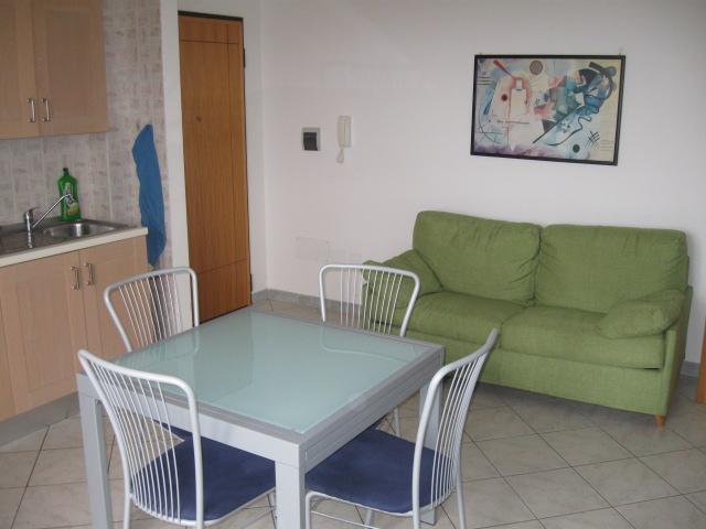433_bilocale-mediterraneo-in-residence-a-gallipoli_soggiorno.jpg