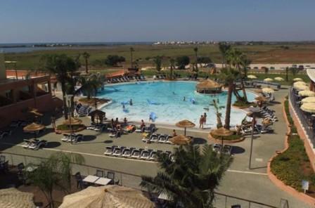43_esperia-palace-hotel_piscina.jpg
