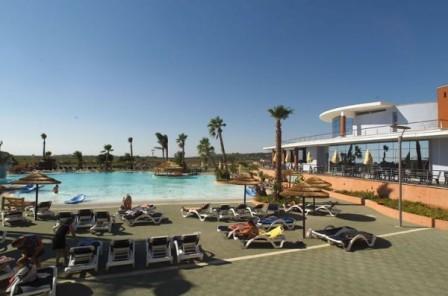 43_esperia-palace-hotel_piscina3.jpg