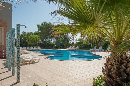 443_stella-maris-beach-hotel_piscina_3.jpg