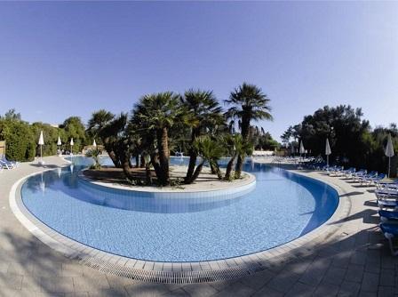 446_barcelo-floriana-village_piscina.jpg