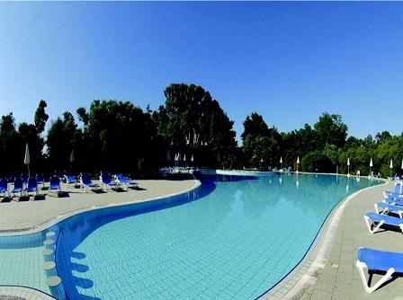 446_barcelo-floriana-village_piscina2.jpg