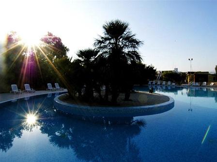 446_barcelo-floriana-village_piscina_3.jpg