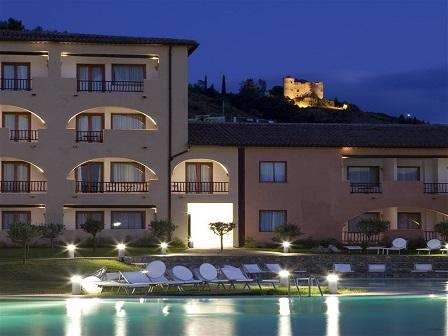 451_borgo-di-fiuzzi-resort-spa_esterno.jpg