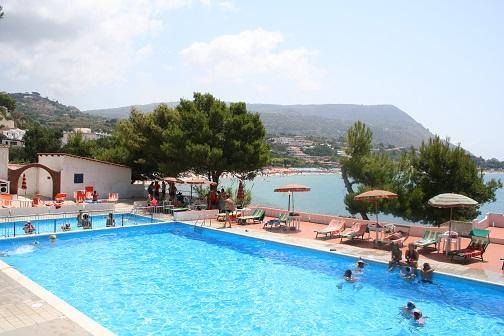 452_villaggio-marina-del-capo_piscina.jpg