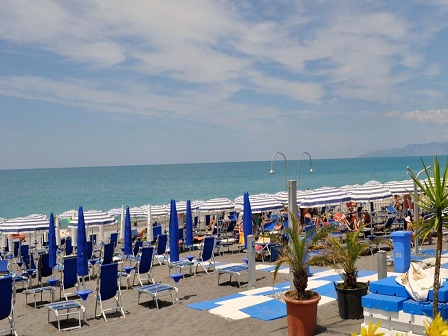 454_sporting-club-resort_spiaggia.jpg