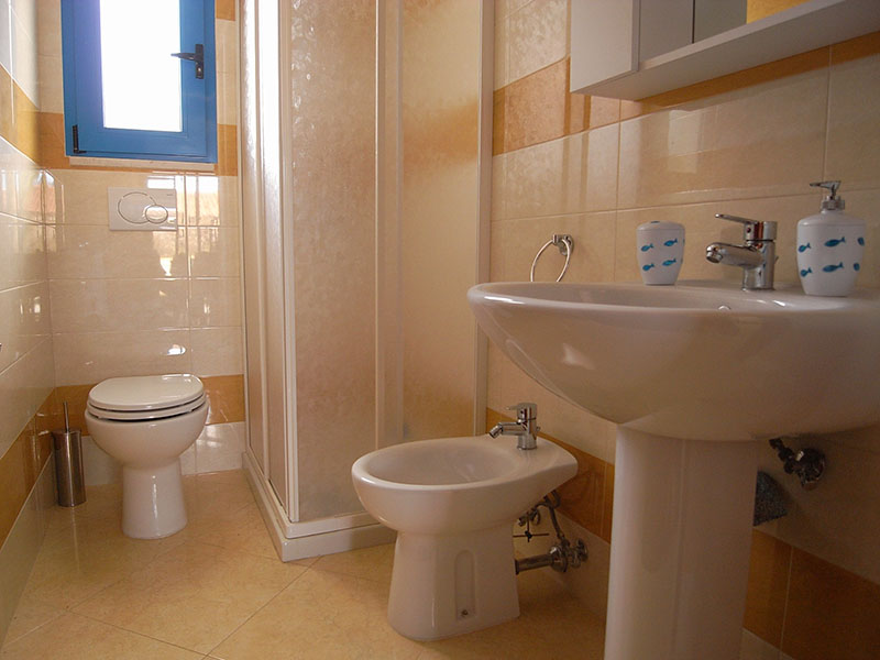 461_appartamento-azzurro_bagno-trilocale.jpg