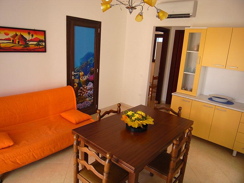 461_appartamento-azzurro_soggiorno-trilocale.jpg