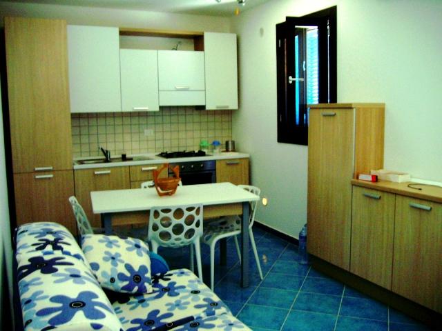 464_appartamenti-le-chiusurelle_cucinotto-piano-terra.jpg