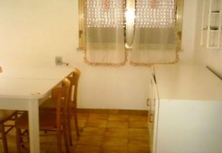 46_palazzo-lido-delle-sirene_palazzo.lido_delle_sirene_porto_cesareo_soggiorno_2.jpg