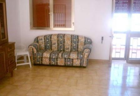 46_palazzo-lido-delle-sirene_palazzo.lido_delle_sirene_porto_cesareo_soggiorno_3.jpg