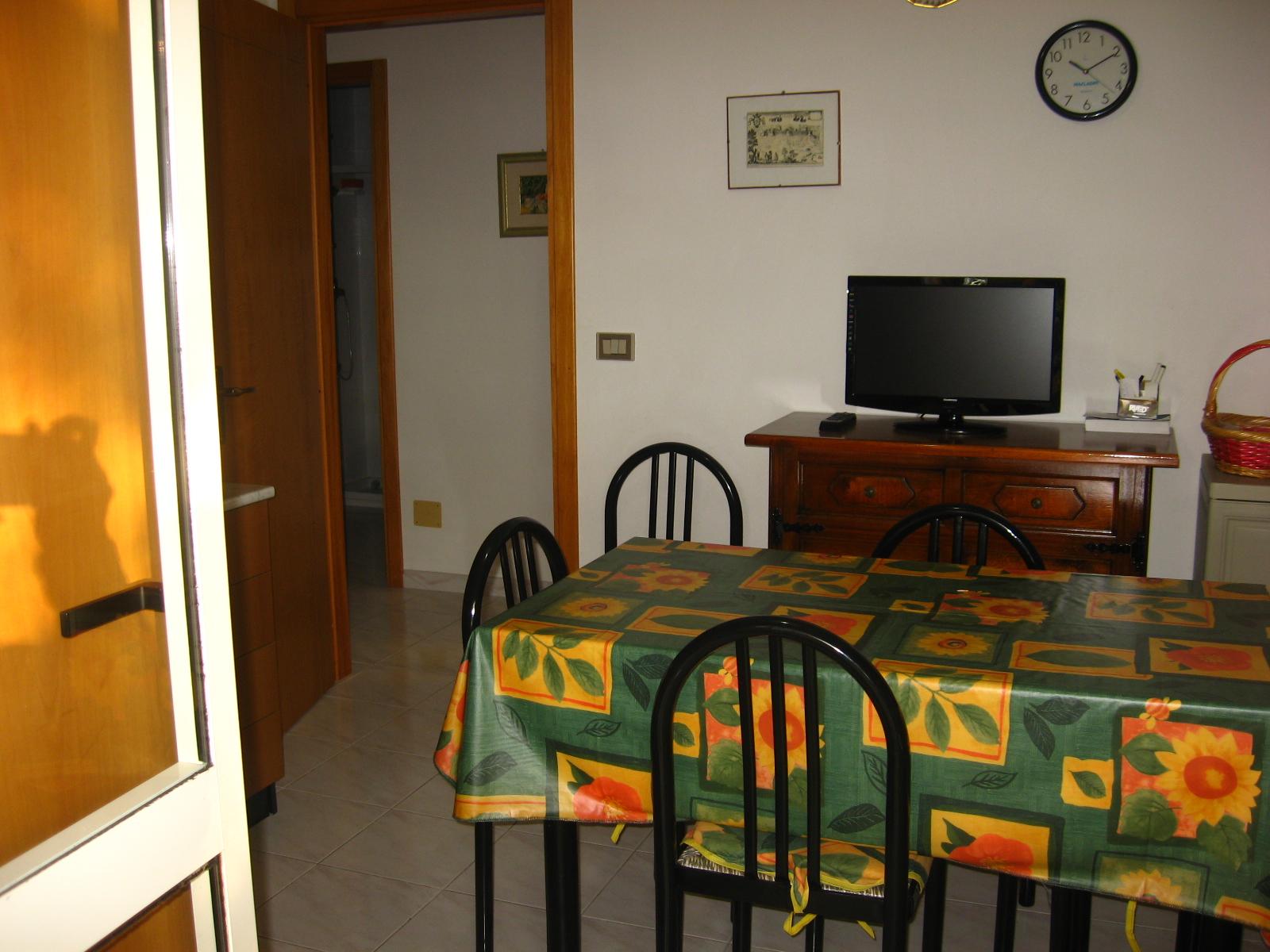 474_trilocale-pineta-rivabella_soggiorno_trilocale.jpg