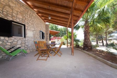 479_villa-ada_patio-trilocale-trullo.jpg