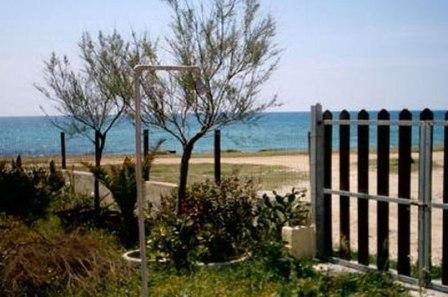 47_villa-lido-delle-sirene_villa_lido_delle_sirene_torre_lapillo_vista_mare.jpg
