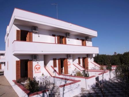 484_residence-le-palme_esterno1.jpeg