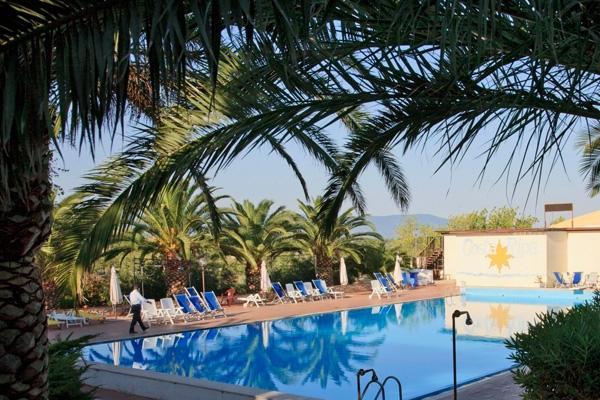 485_villaggio-costa-ripa_costa-ripa-piscina6.jpg