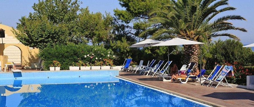 485_villaggio-costa-ripa_costa-ripa-piscina8.jpg