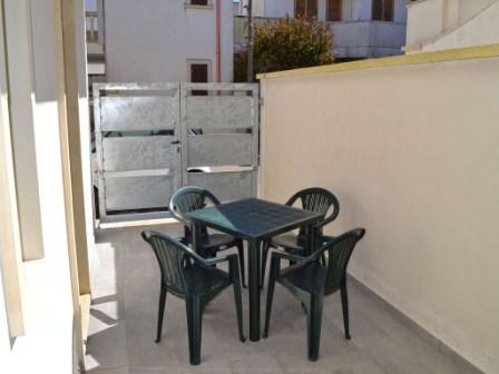 492_appartamenti-pascoli_esterno-terra.jpg