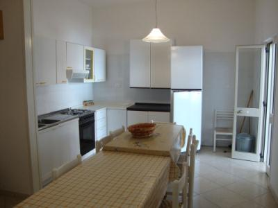493_appartamenti-san-foca_angolo-cottura-san-foca.jpg