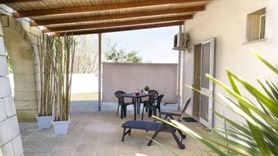 506_villa-le-ginestre_le_ginestre_monolocale_2_esterno.jpg
