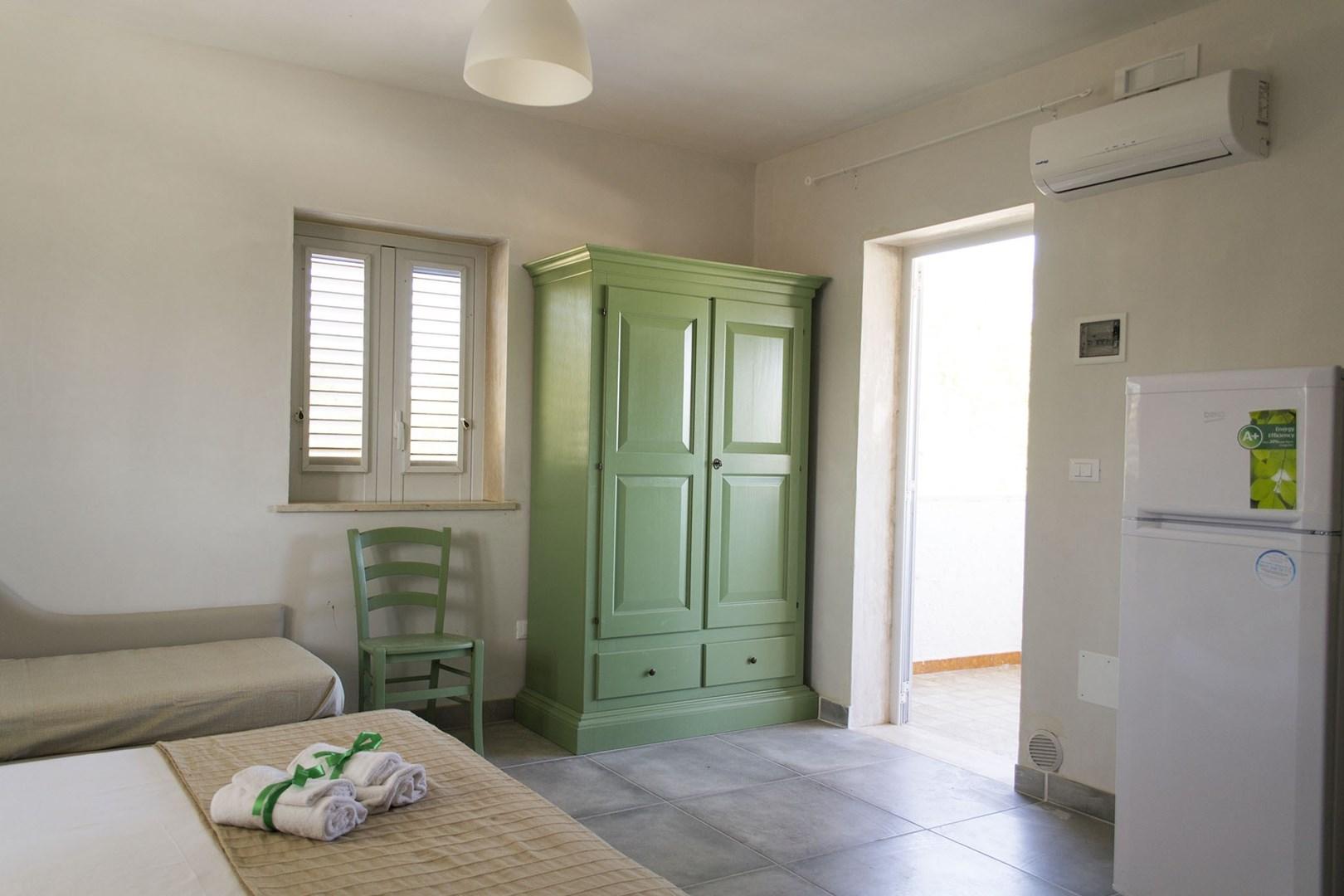 506_villa-le-ginestre_le_ginestre_monolocale_4_interno_4.jpg