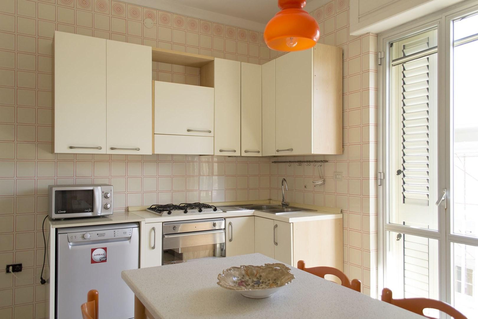 508_appartamento-lenin_cucina.jpg