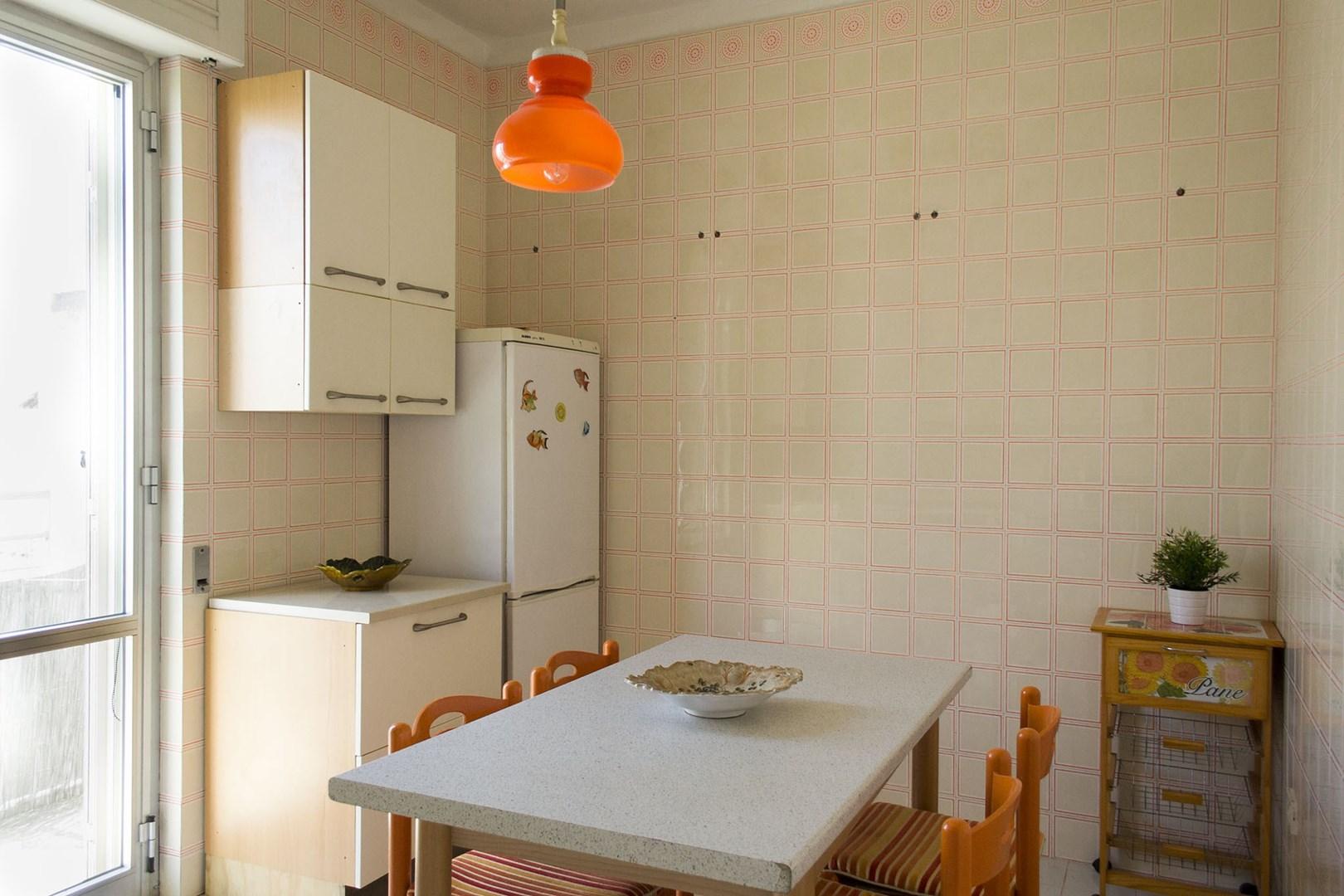508_appartamento-lenin_cucina_2.jpg