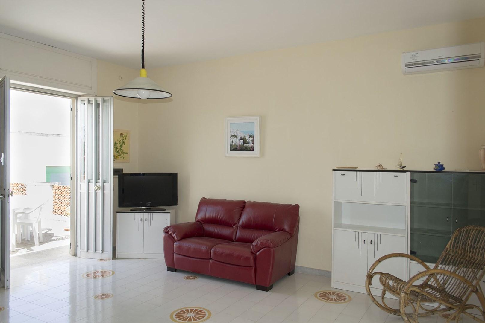 508_appartamento-lenin_soggiorno.jpg