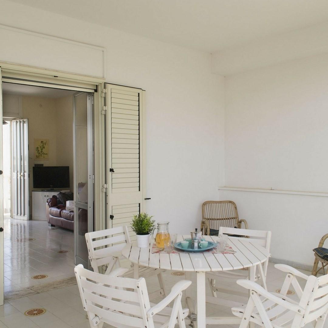 508_appartamento-lenin_veranda.jpg