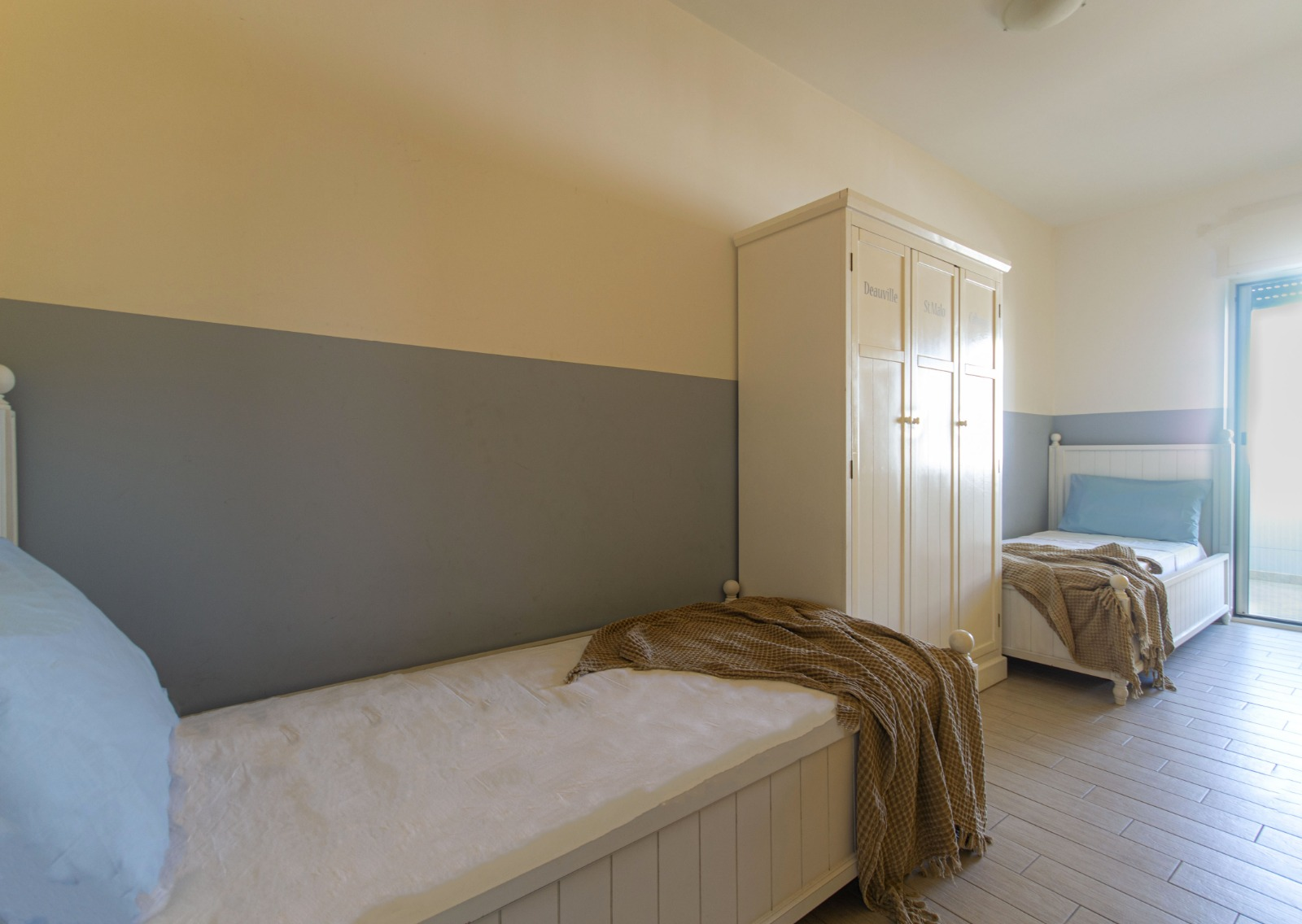 512_appartamento-volta-primo-piano_14._camera_doppia.jpg
