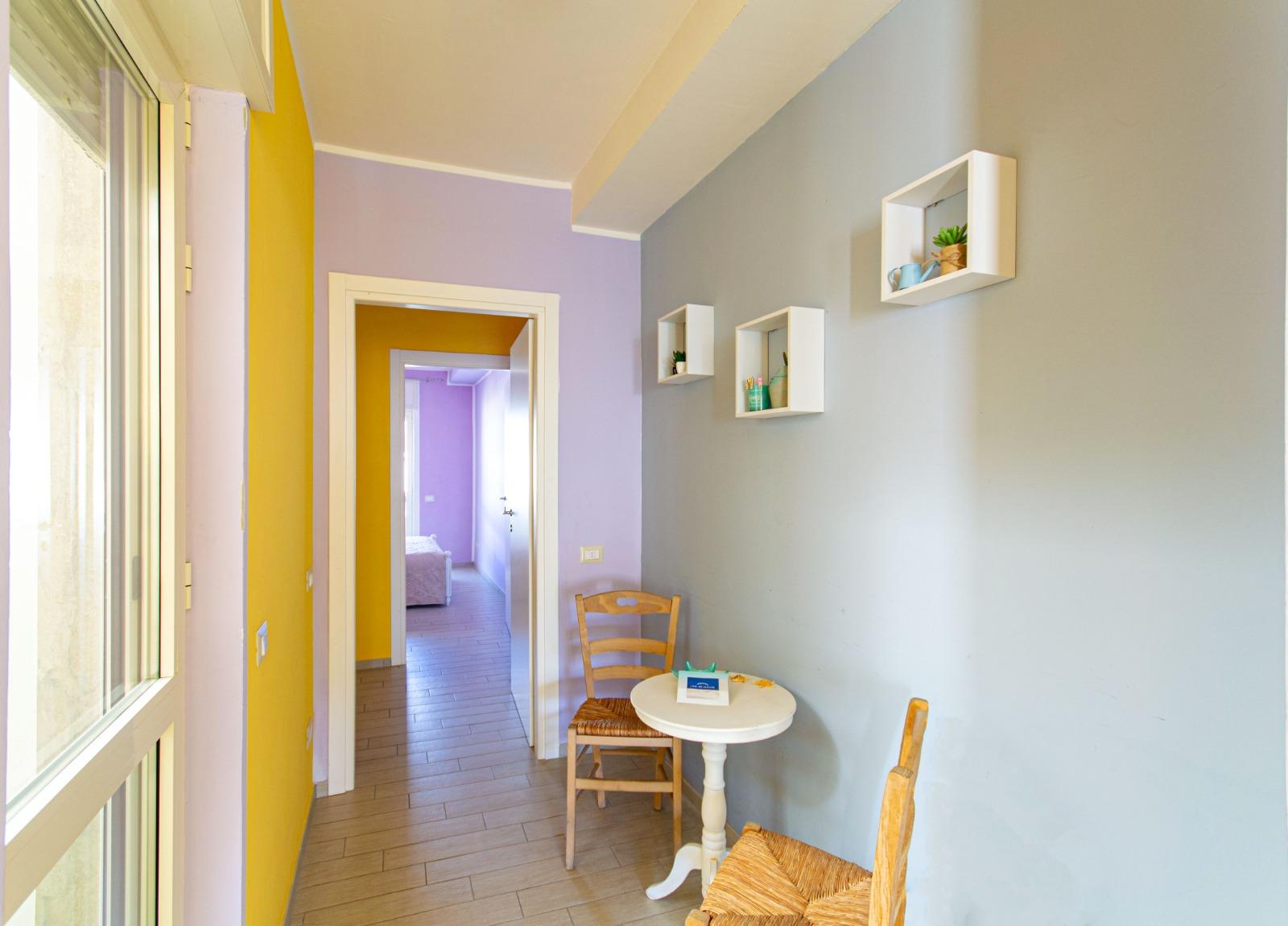 512_appartamento-volta-primo-piano_8._corridoio.jpg