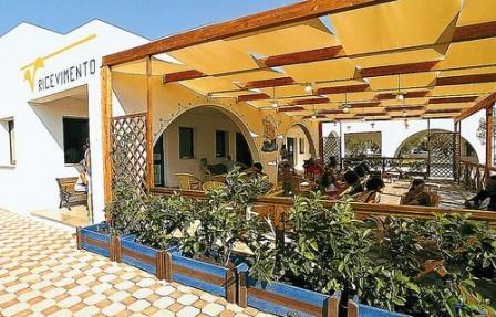 5_villaggio-club-eurogarden-beach-resort_villaggio_eurogarden_san_foca_reception.jpg